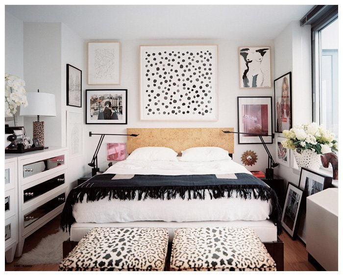 Hanging Art in the Bedroom Like Michelle Adams in Lonny Magazine