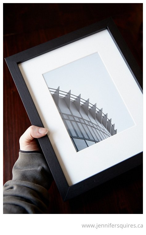 How to Frame a Picture - Checking for dust