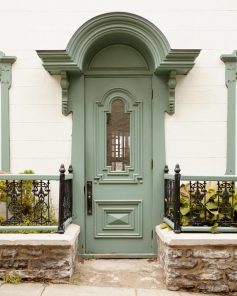 Green Door Decor - Olivia Writes