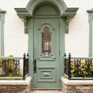 Green Door Decor - Olivia Writes