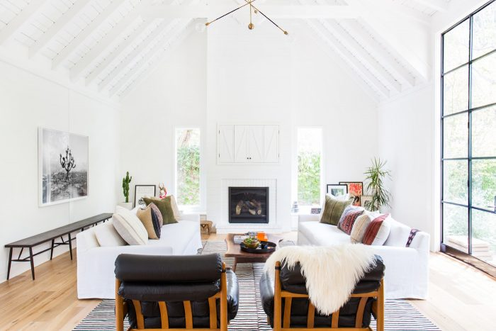 Modern Coastal Living Rooms